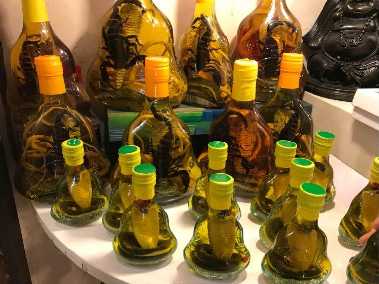 vino de serpiente