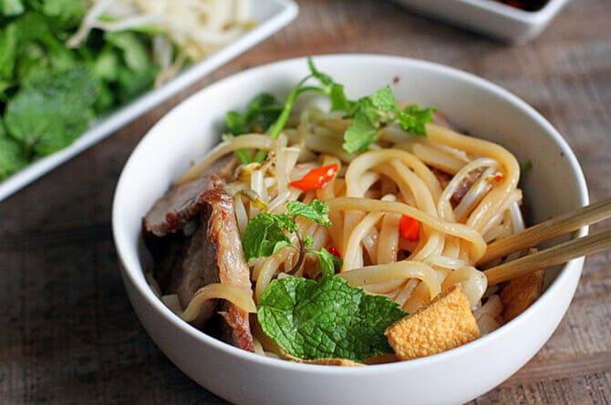 Cao Lau- comida vietnamita
