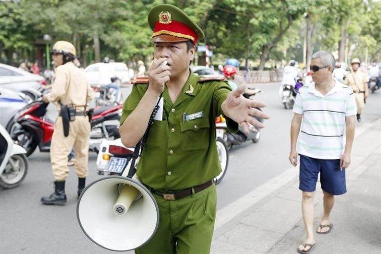 seguridad vietnam policia
